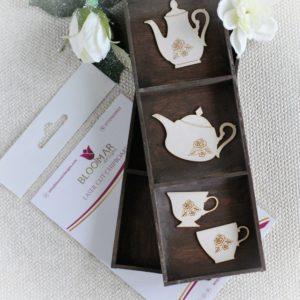 Alice in Woderland chipboard teapots and tea cups set