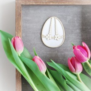 2 layer laser cut decorative Easter egg chipboard with flowers