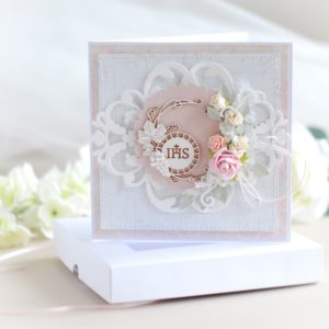 luxury holy communion card for a girl decorated with small Host frame