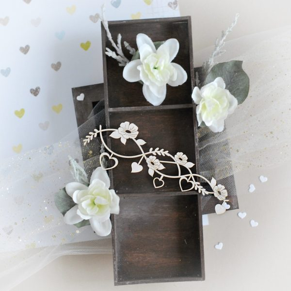 large hearts and flowers decorative laser cut border