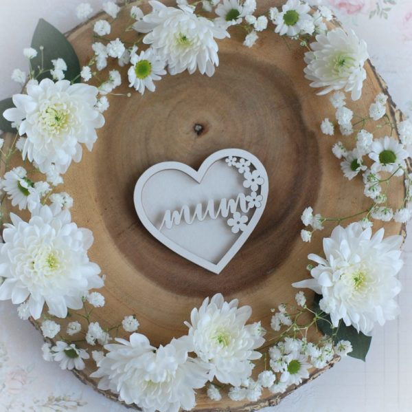 mothers day collection mum heart with flowers shaker decorative laser cut chipboard